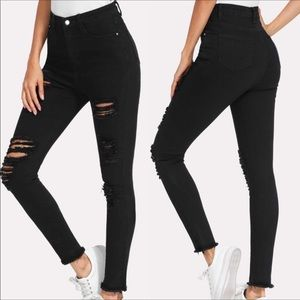 💖These the BESTSELLING Distressed Black Jeans!!👖